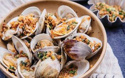Grilled Clams with Infused Buttery Garlic Breadcrumbs