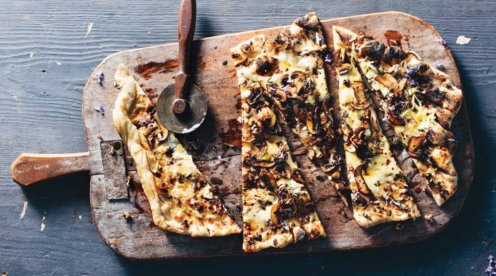 Grilled Pizza Bianca with Mushrooms