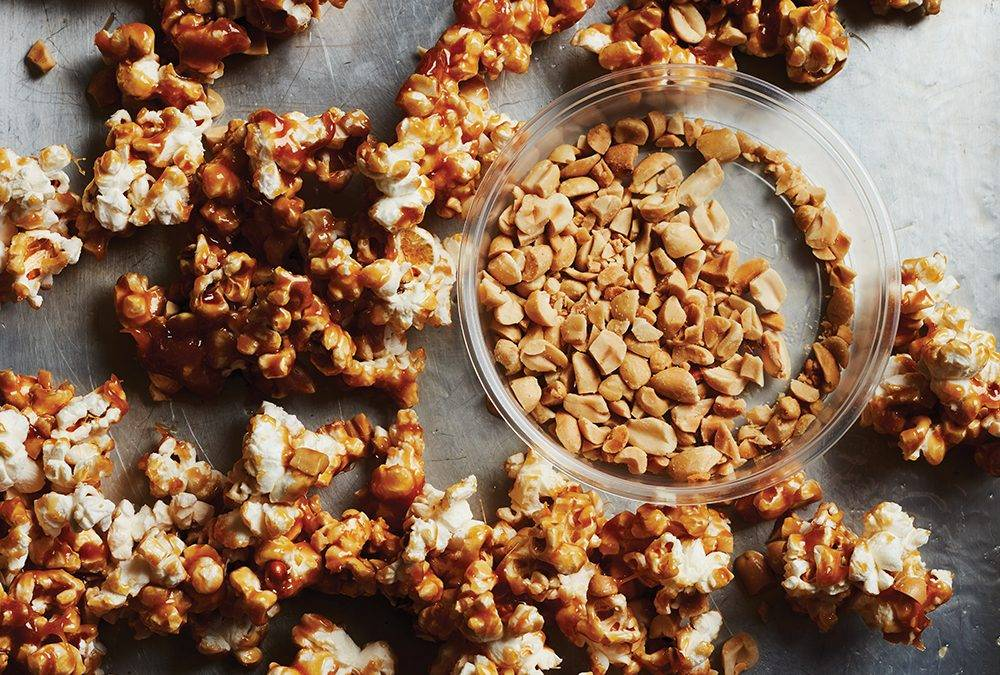 Canna Taffy Apple Popcorn Clusters