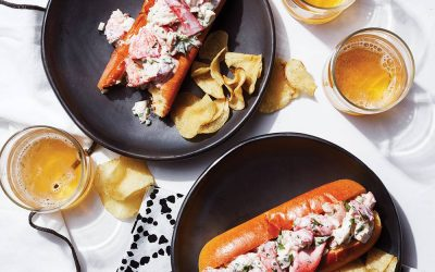 Classic New England Lobster Rolls