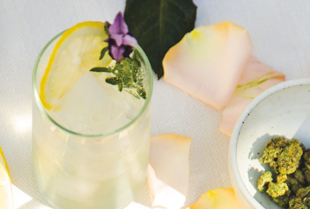 Sparkling Lavender and Cannabis Lemonade