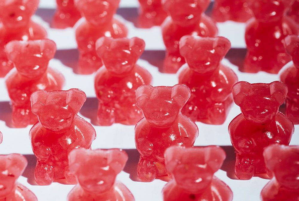 Recipe: Tart Pomegranate CBD Gummies