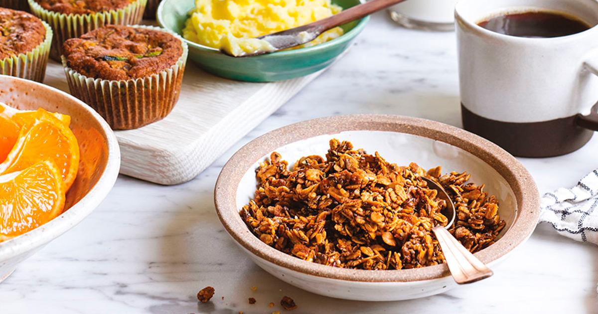 Granola, Oat and Hemp Crumble
